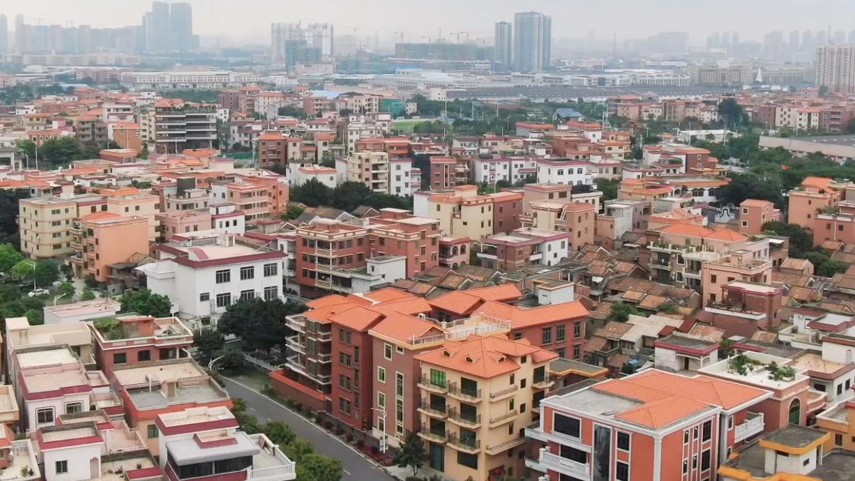 """沿着高速看中国(广东):看佛山紫南村从""""孤岛""""蜕变成""""路路通"""""""